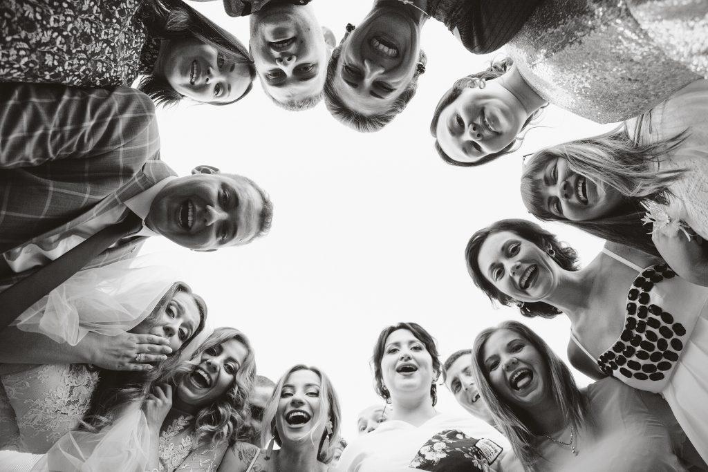 свадебная фотосессия киев, сборы невесты, свадебные фотографии, утро невесты, свадебный фотограф киев, фотограф на свадьбу, обручальные кольца, кольцо корона